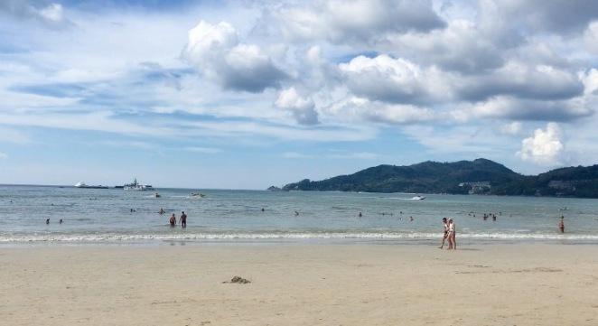 kata beach thailans .jpg